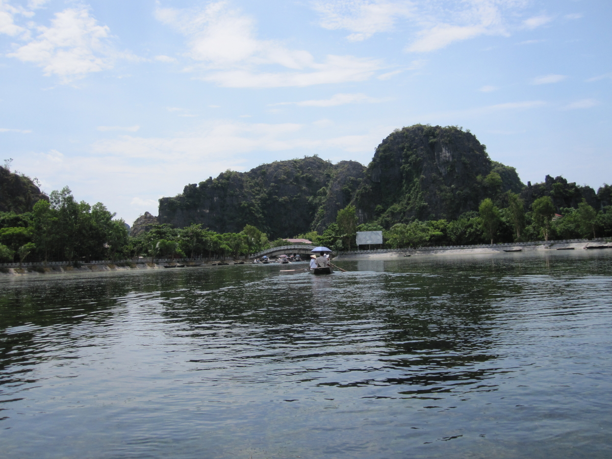 Read more about the article Sapa – Tam Coc, Day 5: Tam Coc – Bich Dong (Ninh Binh)
